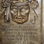 O Mercado e o Templo (9): A infinita controvérsia que opõe o honesto e o útil