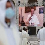 Cinema, filósofos, crises e laboratórios da esperança na mensagem do cardeal Tolentino em Fátima