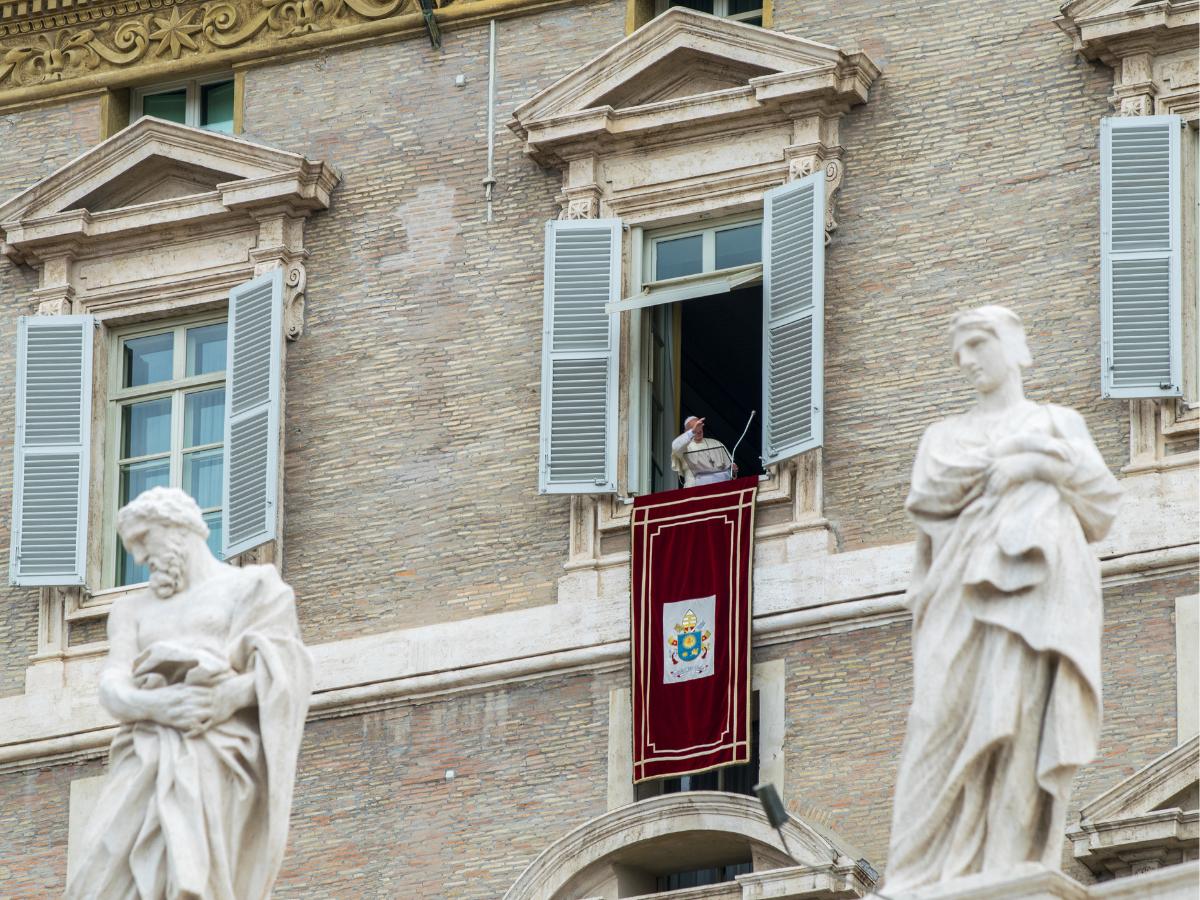 papa francisco bencao fieis vaticano sao pedro foto direitos reservados