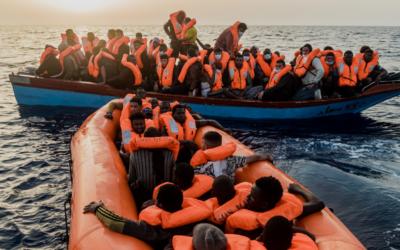 Alívio no desembarque na Sicília de mais de meio milhar de migrantes