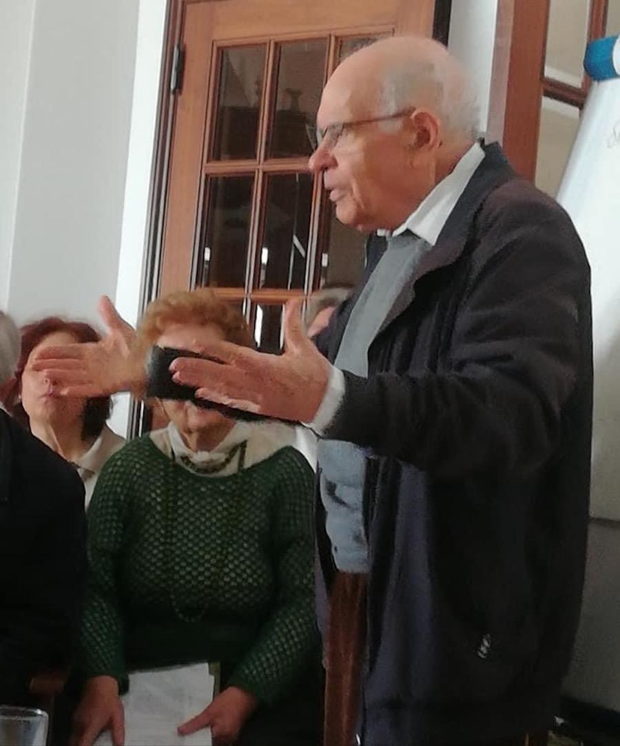 Dimas de Almeida.