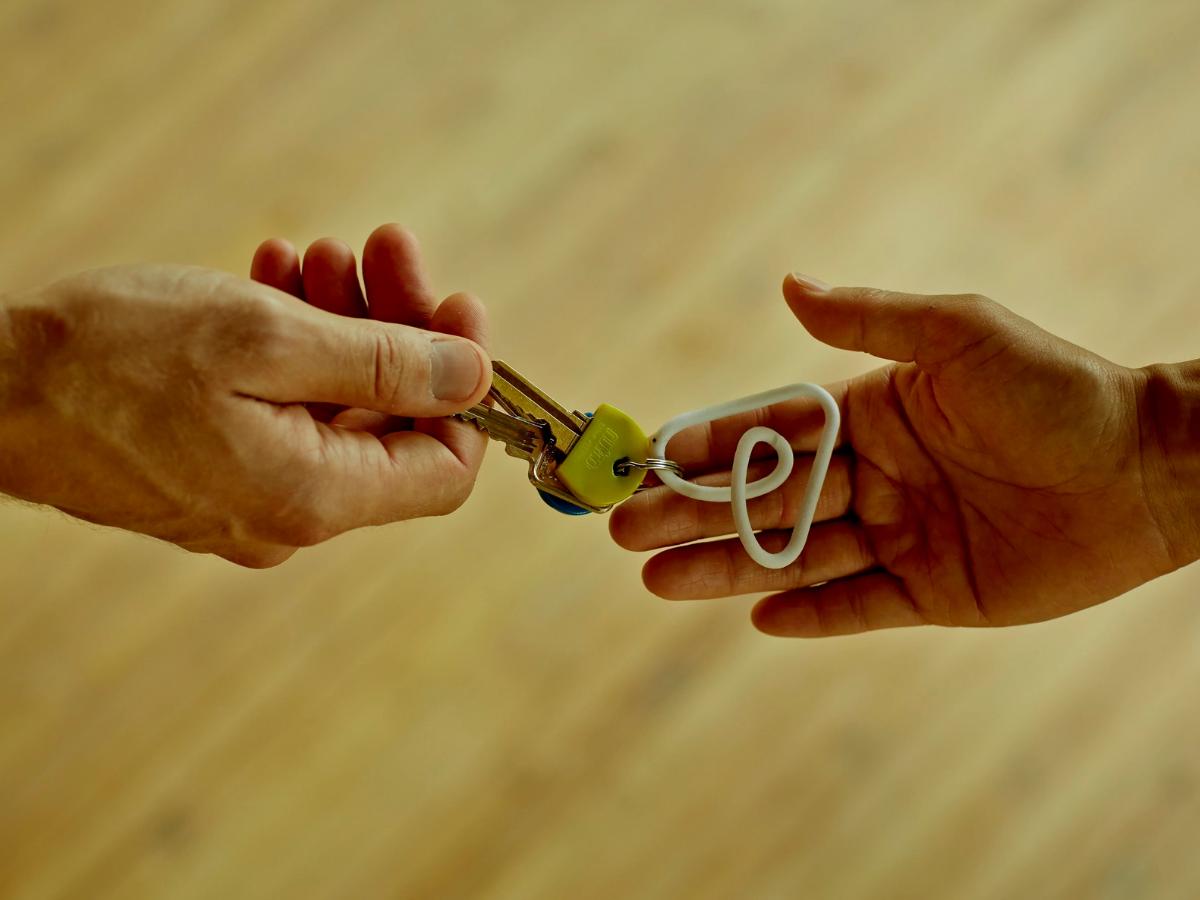 airbnb iniciativa solidaria refugiados afeganistao foto airbnb