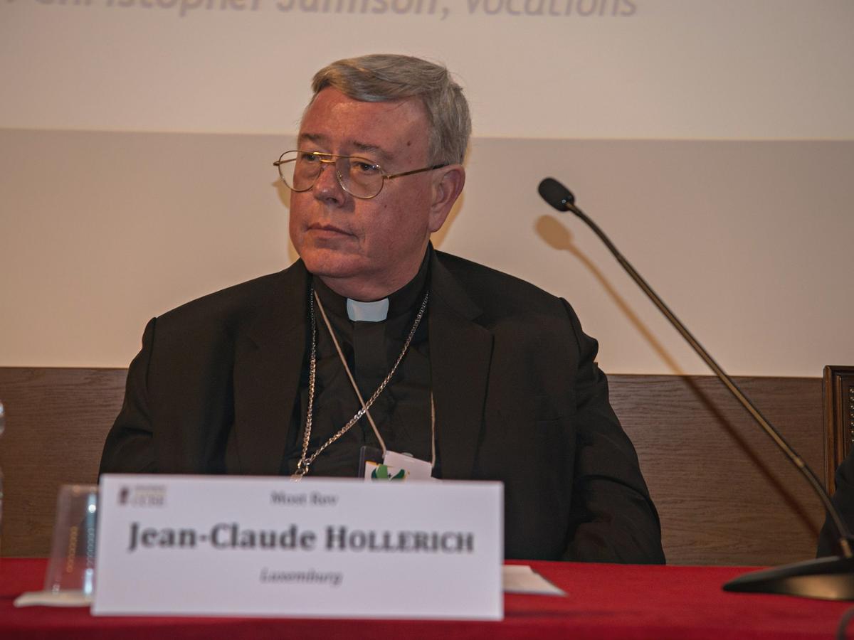 jean-claude hollerich, foto conferencia episcopal espanhola wikimedia commons