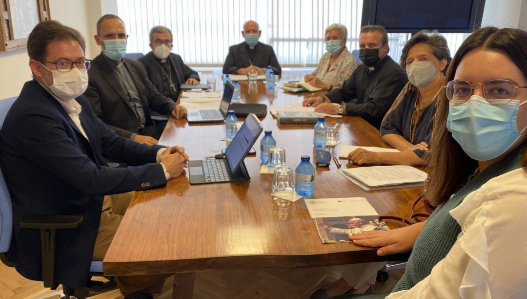 Três leigos na equipa de preparação do sínodo